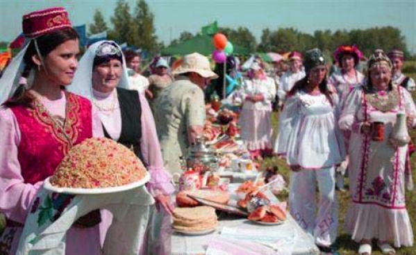 Традиции и обычаи татарского народа доклад для детей 1113