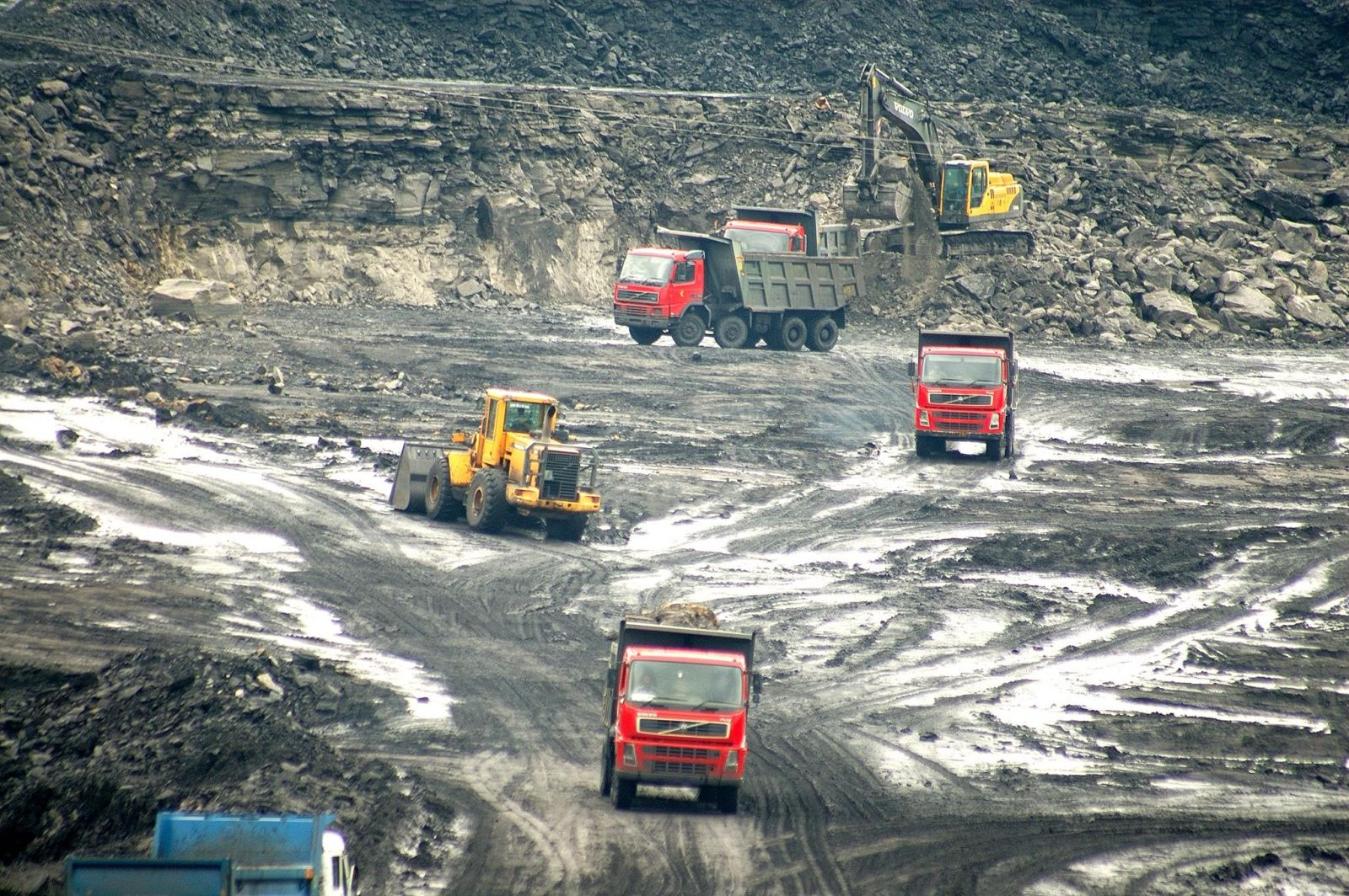 metal mining and the consumer industry Latin america industrial explosives market: metal mining sector to be the largest consumer during the forecast period 2016 - 2022.