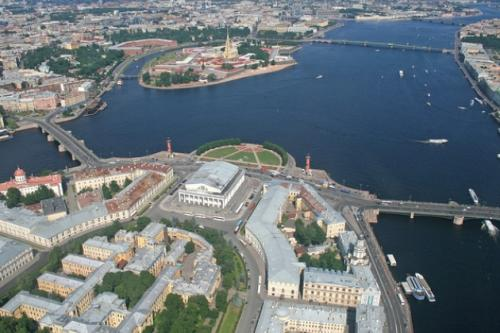 Город на Неве, Санкт-Петербург