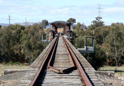 железнодорожный мост через реку Лаклан