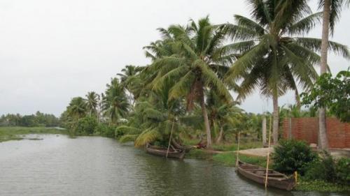 озеро Вембанад
