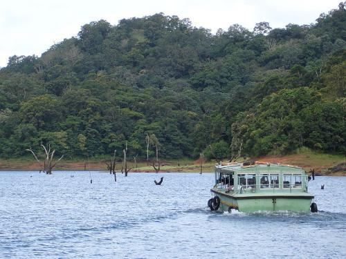 озеро Перьяр